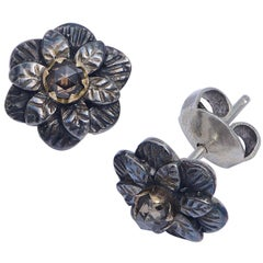 Emma Chapman Diamond 18 Karat Gold Silver Flower Stud Earrings