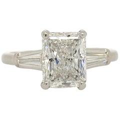 Platinum Diamond Ring 1.80 Carat Natural Rectangular Radiant D Colorless Si2