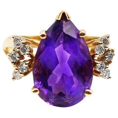 Pear Shaped Amethyst Diamond Yellow Gold 1960s Ring