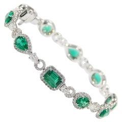 Diamond Emerald Tennis Bracelet 18 Karat White Gold