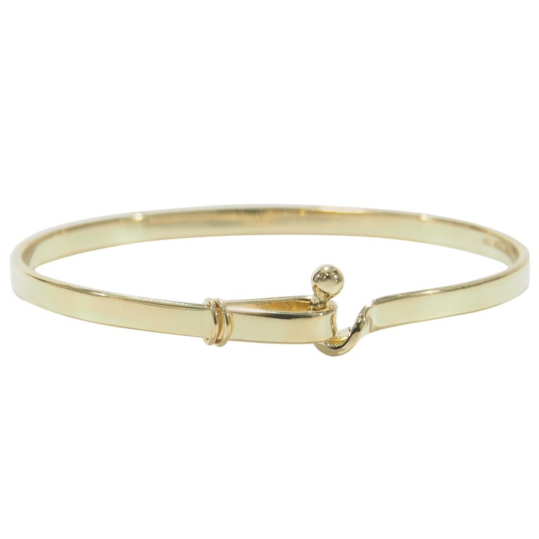7d04a30a7 Tiffany & Co. Hook and Eye Bangle Bracelet Yellow Gold 18 Karat For Sale
