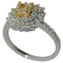 18 Karat White Gold Ladies Yellow Diamond Ring