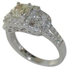 18 Karat Gold Women's Diamond Ring