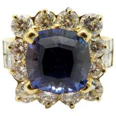 Estate 18 Karat 5.00 Carat Tanzanite Yellow Gold Diamond Fashion Ring