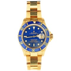 18 Karat Rolex Oyster Perpetual Submariner Wristwatch, Blue Dial