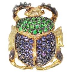 Iolite and Zavorite Scarab Pavè Gold Ring