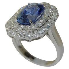4.09 Carat Blue Sapphire and 1.37 Carat Diamond Women's Ring, 18 Karat Gold
