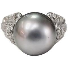 """14 Karat White Gold Grey """"South Sea Tahitian"""" in Diamond Pave' Ring"""