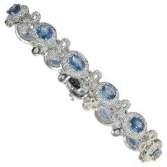 8.71 Carat Blue Sapphire and Diamond Ladies Bracelet, 14 Karat Gold