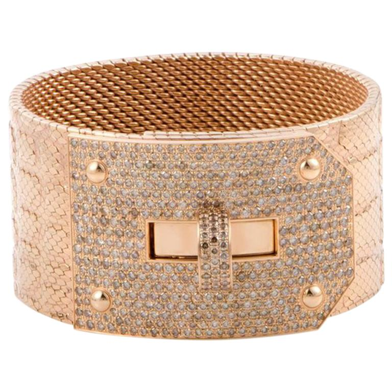 5236aedbd676 Hermès Kelly Diamond Pave Alligator Leather Pattern 18 Karat Gold Cuff  Bracelet For Sale at 1stdibs