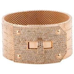 Hermès Kelly Diamond Pave Alligator Leather Pattern 18 Karat Gold Cuff Bracelet