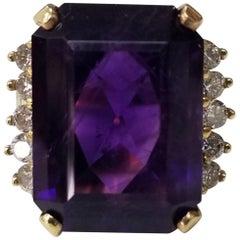 14 Karat Yellow Gold Emerald Cut Amethyst and Diamond Ring