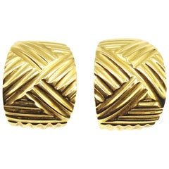 Textured 18 Karat Yellow Gold Clip-On Earrings
