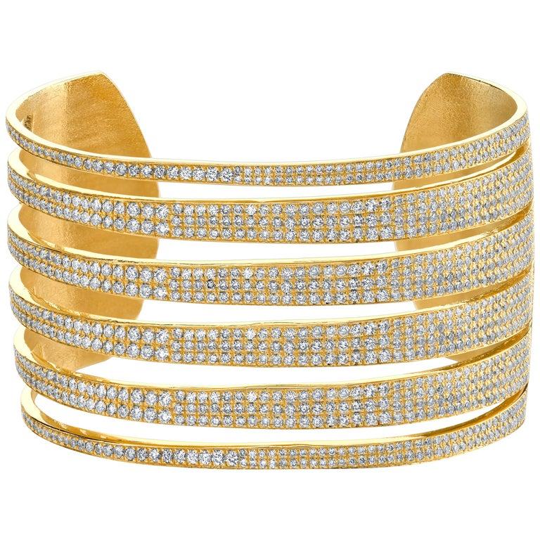 Diamond and 18-karat yellow gold Tiger cuff