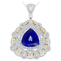 16.64 Carat Triangle Tanzanite & Diamond Two Tone Pendant Necklace In 18 K Gold