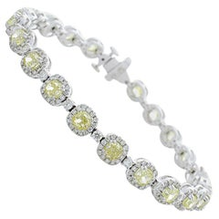 7.00 Carat Total Cushion Cut Fancy Yellow Diamond Bracelet in 14 Karat Gold