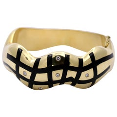 Asch Grossbardt Gold Bracelet with Onyx and Diamonds