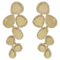 Elegant 18 Karat Gold Dangle Drop Earrings