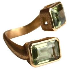 Green Amethyst Contrarier Ring 18 Karat Brushed Gold
