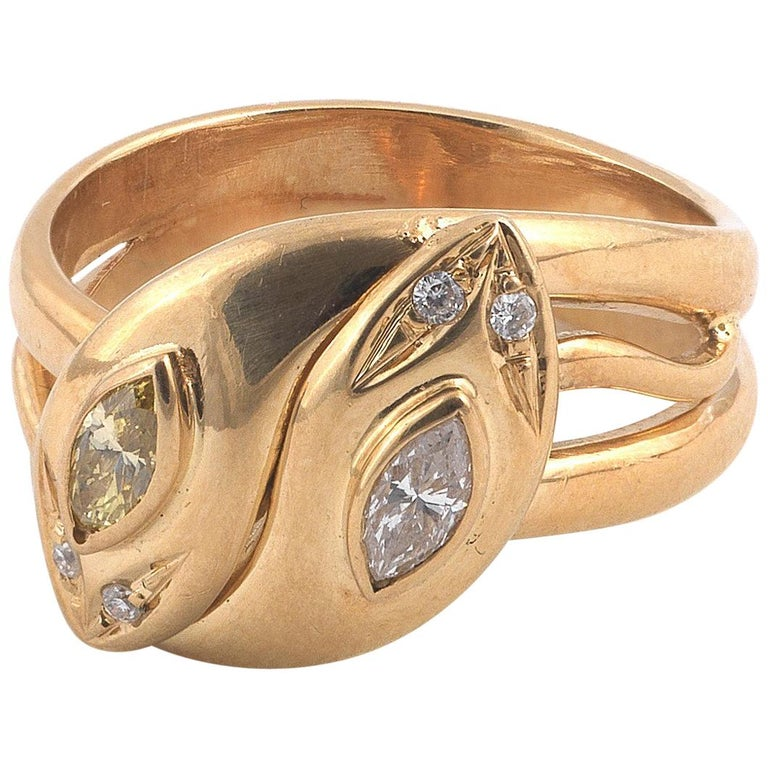 18 Carat Yellow Gold Marquise Diamond Snake Ring For Sale