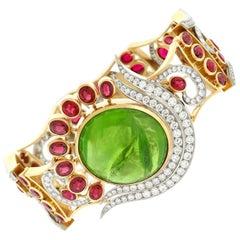 Stunning Peridot Garnet and Diamond-set Gold Bracelet