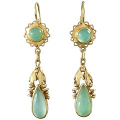 1920s-1930s Original Art Deco Jade Green Chrysoprase Gold Dangle Drop Earrings