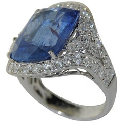 GIA Certified 18 Karat White Gold Ring with Sapphire and Diamonds