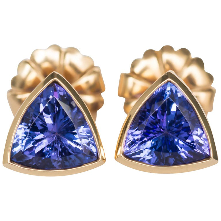 6.50 Carat Total Weight Tanzanite Yellow Gold Earrings For Sale