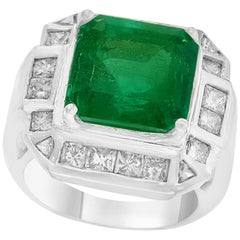 AGL Certified  Minor 9 Carat Emerald Cut Colombian Emerald and Diamond Ring