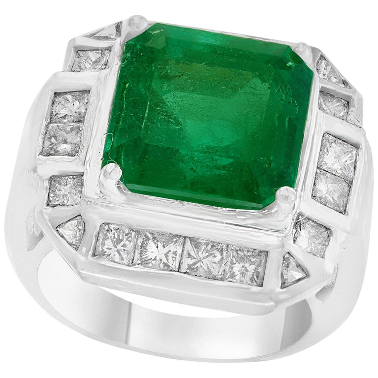 AGL Certified  Minor 9 Carat Emerald Cut Colombian Emerald and Diamond Ring  For Sale