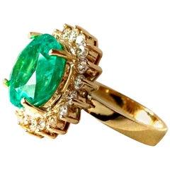 9.65 Carat Fine Natural Round Colombian Emerald Diamond Ring 18 Karat
