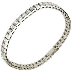 12.75 Karat Diamonds 18 Karat White Gold Tennis Bracelet