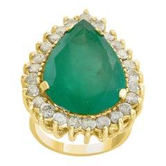 16 Carat Pear Cut Emerald and Diamond 14 Karat Gold Cocktail Ring, Estate