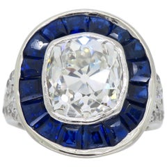 Art Deco Diamond and Blue Sapphire Ring in Platinum