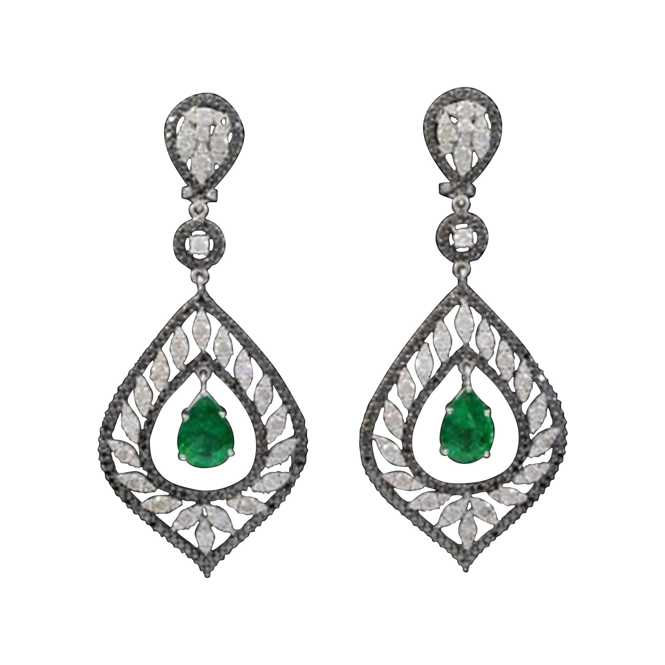 5.5 Carat Colombian Pear Shape Emerald Diamond Hanging / Drop Earrings 18Kt Gold