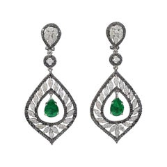 7.5 Carat Colombian Pear Shape Emerald Diamond Hanging Earrings 18 Karat Gold