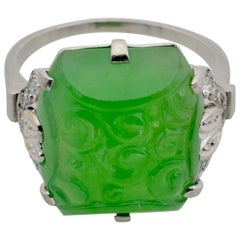 Bright Green Engraved Spiral Jadeite and Diamond Ring Set in Platinum, France