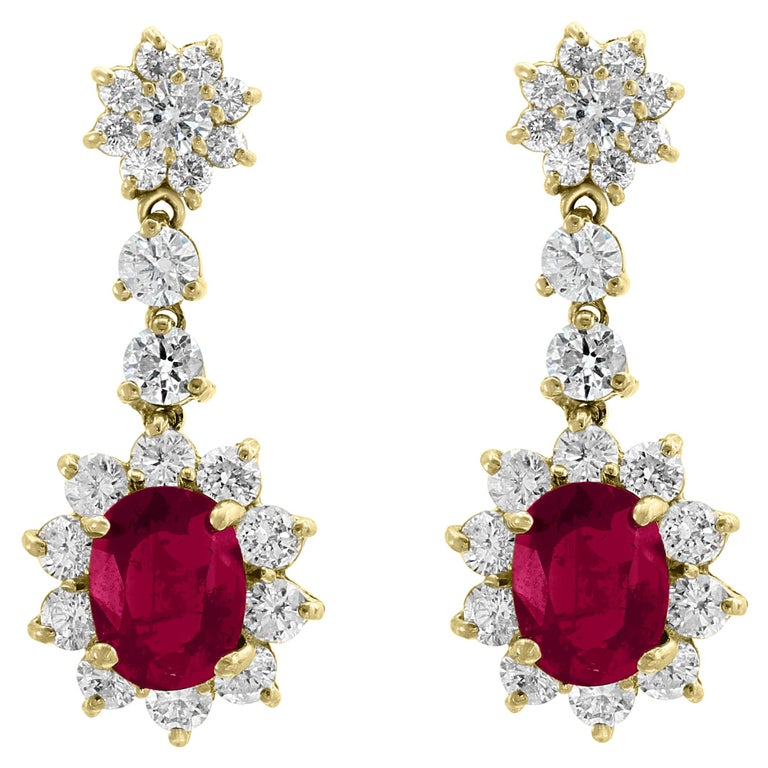 5.5 Carat Ruby and 5 Carat Diamond Hanging or Chandelier Earrings 18 Karat Gold For Sale