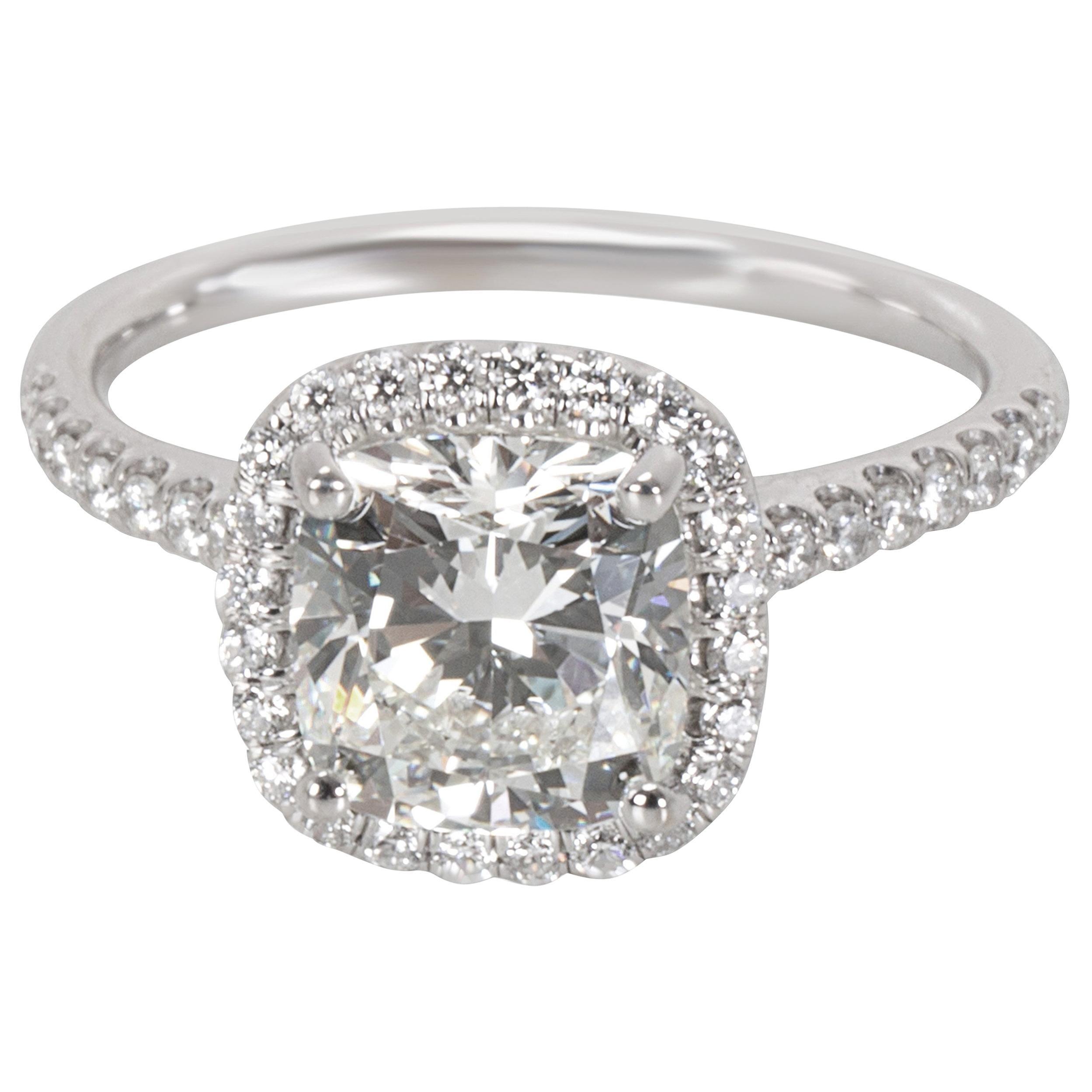 836d86b2ba0d2 James Allen Cushion Cut Halo Diamond Ring in 14 Karat Gold J SI1 1.90 Carat