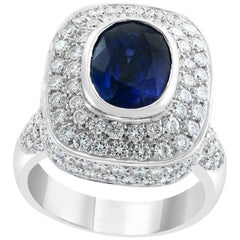 Ceylon Blue Sapphire and Diamond 18 Karat White Gold Cocktail Ring