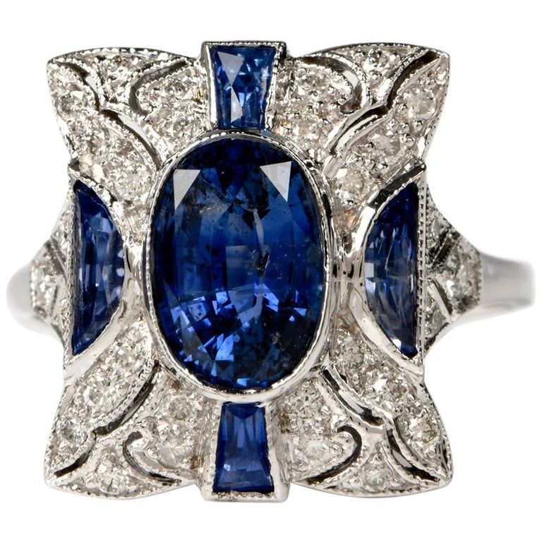 Sapphire Diamond Filligree 18 Karat Gold Diamond Ring For Sale
