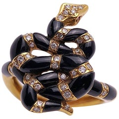 Carrera y Carrera 18 Karat Yellow Gold and Onyx Serpent Ring