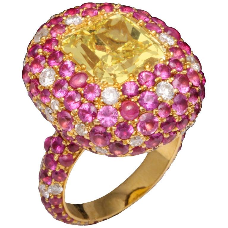 5.08 Carat Intense Yellow Diamond Ring For Sale