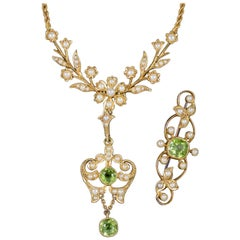 Antique Victorian Peridot Pearl Necklace and Brooch Set 15 Carat Gold circa 1900