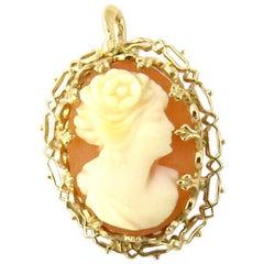 10 Karat Yellow Gold Cameo Pendant