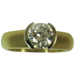 18k Yellow and White Gold Ring with Round Diamond Weighing 1.07 Carat