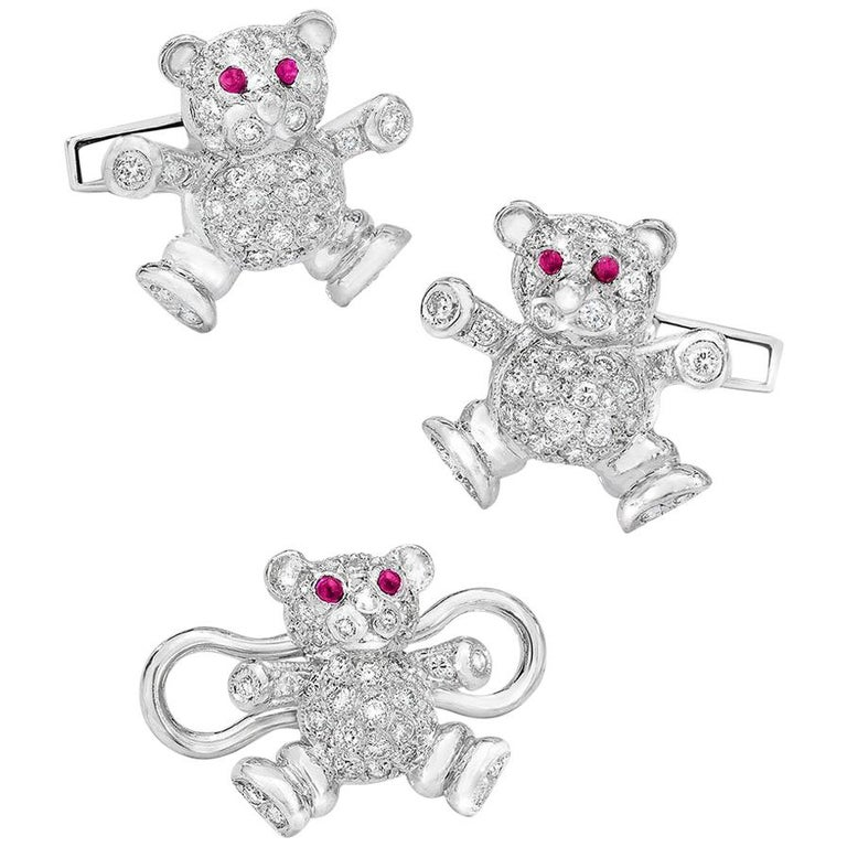 Cellini Jewelers 18kt Gold,  1.90ct. Diamond Teddy Bear Cuff Links & Stud Set For Sale