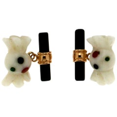 18 Karat Yellow Gold Onyx and White Agate Cufflinks