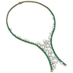 Qayten 18K white gold necklace, diamond 3.58 ct, emerald 13.97 ct, akoya pearls