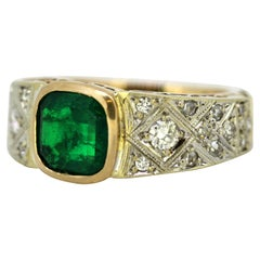 French 18 Karat Gold Ring with Natural Columbian Emerald and Diamonds, 1950s